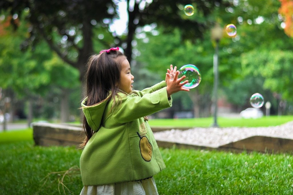 3 Cara Islami Mendidik Anak Perempuan